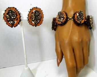 Walnut Slice SET, Bracelet, Earrings, Vegan Recycled 1960s,  Gold Flower Bouquet on Nuts, Link Bracelet and Clips Demi Parure, Unusual