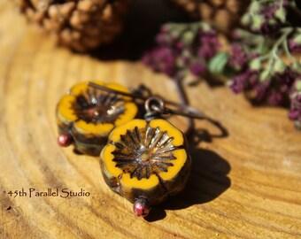 Czech Glass Earrings, Pumpkin Colored Earrings, Thanksgiving Earrings, Fall Earrings, Fall Jewelry, Autumn Earrings, Autumn Jewelry, Copper