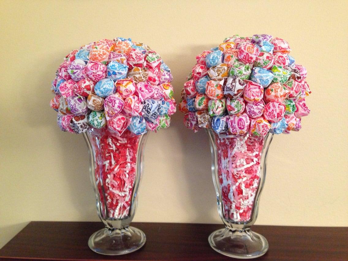 Dum lollipop centerpiece