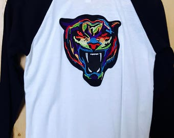Women's tiger embroidered patch baseball top