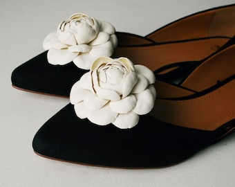 Ivory Leather Camellia Flower Shoe Clips