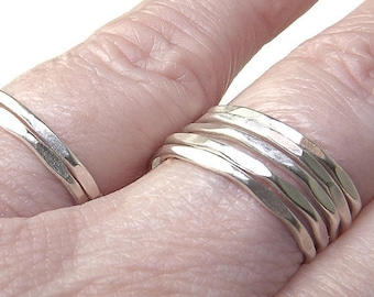 Set of 5 Dainty Sterling Silver Rings, Minimalist Style R144