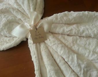 Faux Fur Blanket Ivory White Adult Minky Throw Gift Mom Adult Teen Fur Minky Blanket Tween EXTRA Large Minky Bedding