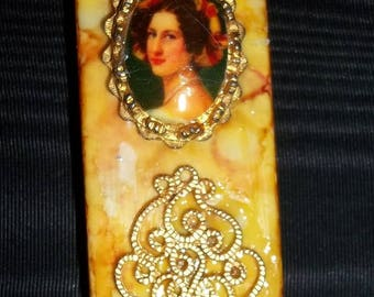 Altered Art DOMINO EMBELLISHED PENDANT~Cameo with Gold Trim