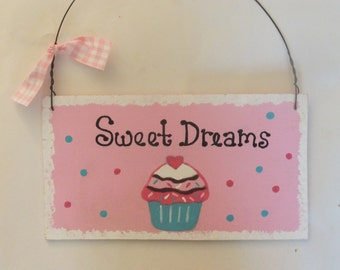 Sweet Dreams Cupcake Wall Hanging