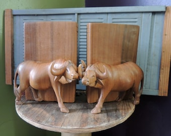 Vintage Ox BOOKENDS High Quality Wood OXEN Cattle Bullock Wildlife Book Ends Country Log Cabin Decor
