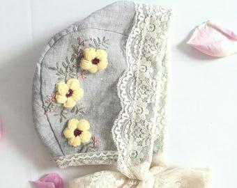 Avery- Embroidered baby bonnet // linen bonnet/ lace bonnet.