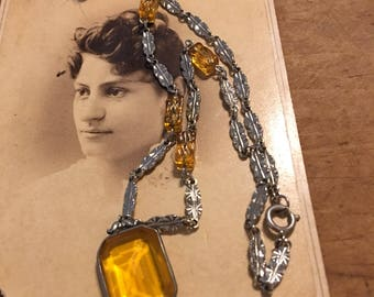 Yellow Art Deco Glass Necklace