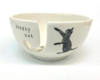 Knitty Cat Ceramic Yarn Bowl Cat Animal Pun
