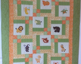 Appliqué Animal Baby Crib Quilt