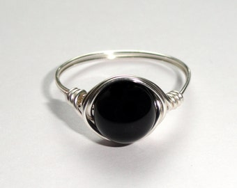 Silver onyx wire ring,  Onyx wire wrapped ring, Gemstone ring, Silver wire ring, Black stone ring, Stone ring