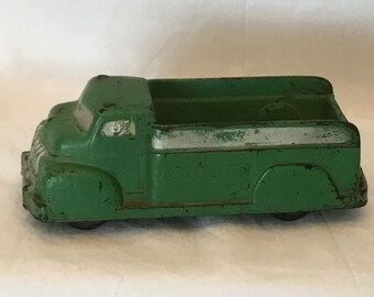 Auburn Rubber Toy Delivery Truck
