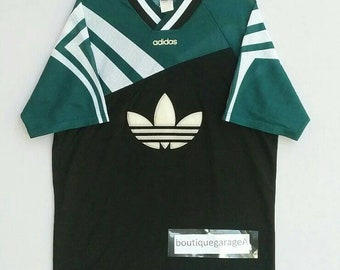 Rare!! Adidas jersey v neck big logo pull over spellout  green colour large size