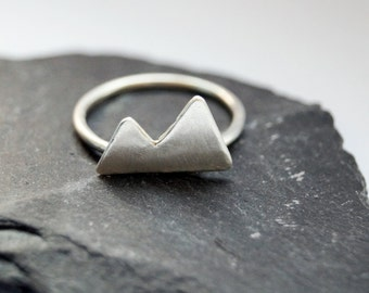 925 Sterling Silver Mountain Two triangle Bohemian Ring B9NyzAu5d0