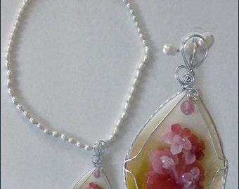 Pendant: Large Wire-Wrapped Mother of Pearl