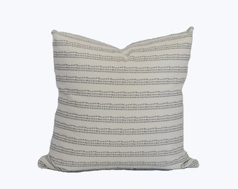 "Linear dot pillow cover ""Lennon"""