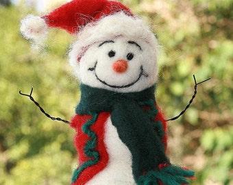 Needle Felted Snowman/Christmas Decor/Holiday Snowman/Wool Snowman/Felt snowman/Stocking Stuffer