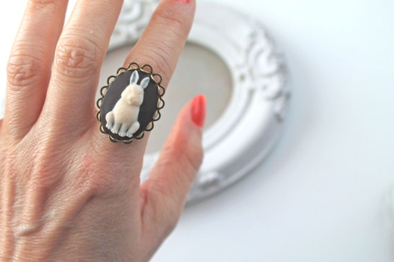 Cameo bunny rabbit ring in  black ivory Gothic Lolita oval