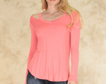 Cut Me sleeve Tope Out Long Sleeve top