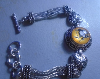 Pittsburgh Penguins  charm Bracelet