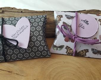 2 gift box pillow box