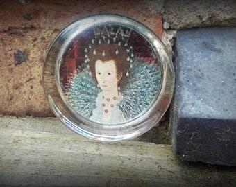 Vintage Queen Elizabeth I Glass Paperweight