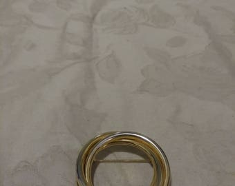 Vintage Gold Tone Triple Ring Wreath Brooch - Round Brooch - 1970s - Wedding/Bridal/Anniversary/Birthday