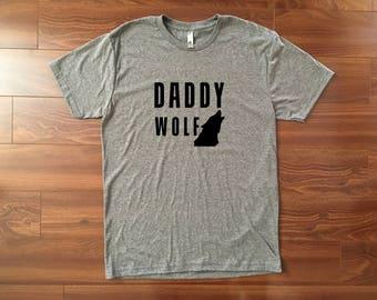 Daddy Wolf Tshirt // Mens tshirt - Graphic tee - Fathers day shirt - Dad to be gift - Mens shirt - Mens gift - Dad tshirt - Papa wolf