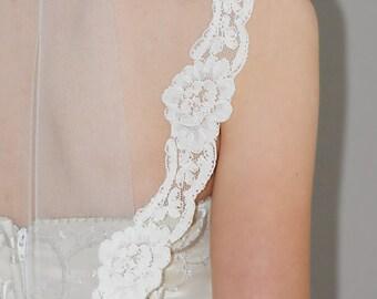 "Circular Cut Mantilla Veil - 34"" hip/waist length wedding veil with lace edge"