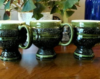 3 Green Textured Vintage Mugs
