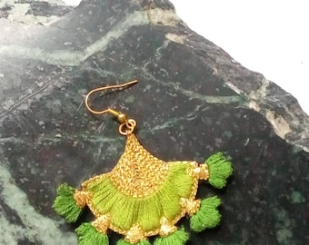 Earrings embroidered by hand, flowers, green and gold.