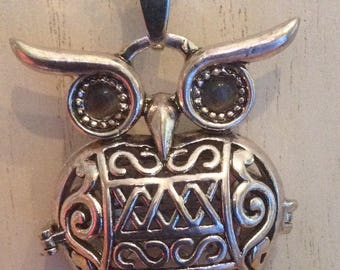 Owl Antique Diffuser Essential Oil Necklace,  Perfume Locket Pendant, Aromatherapy Pendant,  Locket Necklace