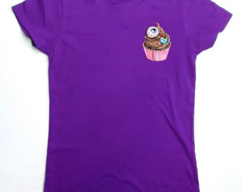 KAWAII EYEBALL CUPCAKE - pastel goth, candy, squishees, pocket t-shirt
