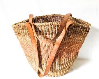 Large Straw market bag - Woven straw bag - Farmer's market bag - Shoulder market bag - Straw shoulder bucket bag - Straw bucket bag