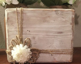 White rustic frame picture frame Bridesmaid gifts Wood block picture frame Distressed frame 5x7 wood frames Rustic home decor Farmhouse