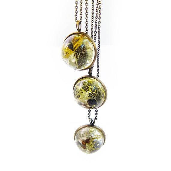 Dome Terrarium Necklace • Botanical Jewelry • Science Jewelry • Resin Jewelry • Resin Moss Jewelry • Terrarium Plant Jewelry