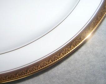 Noritake China Legendary Crestwood Gold No. 4167 Gold Encrusted Border Vintage Oval Serving Platter