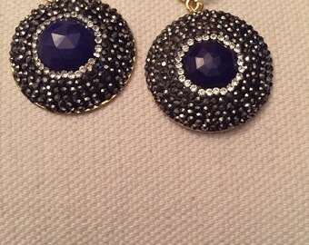 Blue sapphire stone and crystals