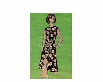 SALE 1970s Womens Dress Mail Order 9442 Vintage Sewing Pattern Misses Size 14 Bust 36 UNCUT