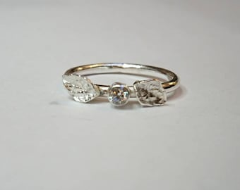 Sterling silver handmade cubic zirconia ring with little leafs, hallmarked in Edinburgh