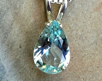 Maine pear shape Aquamarine sterling silver necklace