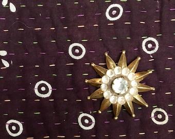 Vintage Starburst Star Gold Pin Pendant Atomic Brooch // Gift for Her