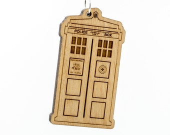 Doctor Who Tardis Keychain - Dr. Who Carved Wood Key Ring - TARDIS Wooden Engraved Charm