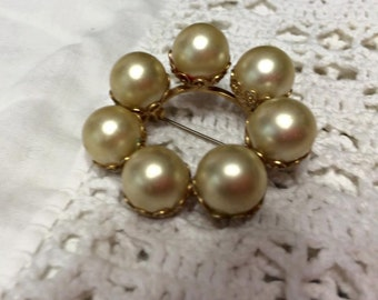 Vintage Antique  Large Faux Pearl Circle Brooch Pin unique philigree back
