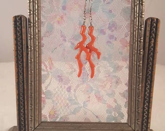 Art Deco Swing Frame Picture Holder.  Small, silver painted wood with aqua velvet trim.