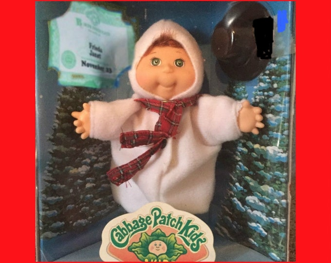 Vintage Cabbage Patch Snowman Holiday Mnature  Doll from 1997 WITH Reduced Shipping