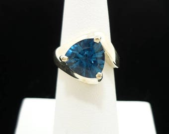 Vintage Sterling Silver London Blue Topaz Ring, Sterling Silver Ring, Gemstone Ring, Topaz Ring, Blue Topaz Ring, Size 5