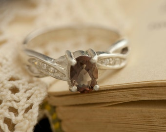 Oregon Sunstone in Sterling Silver Ring, Style VR