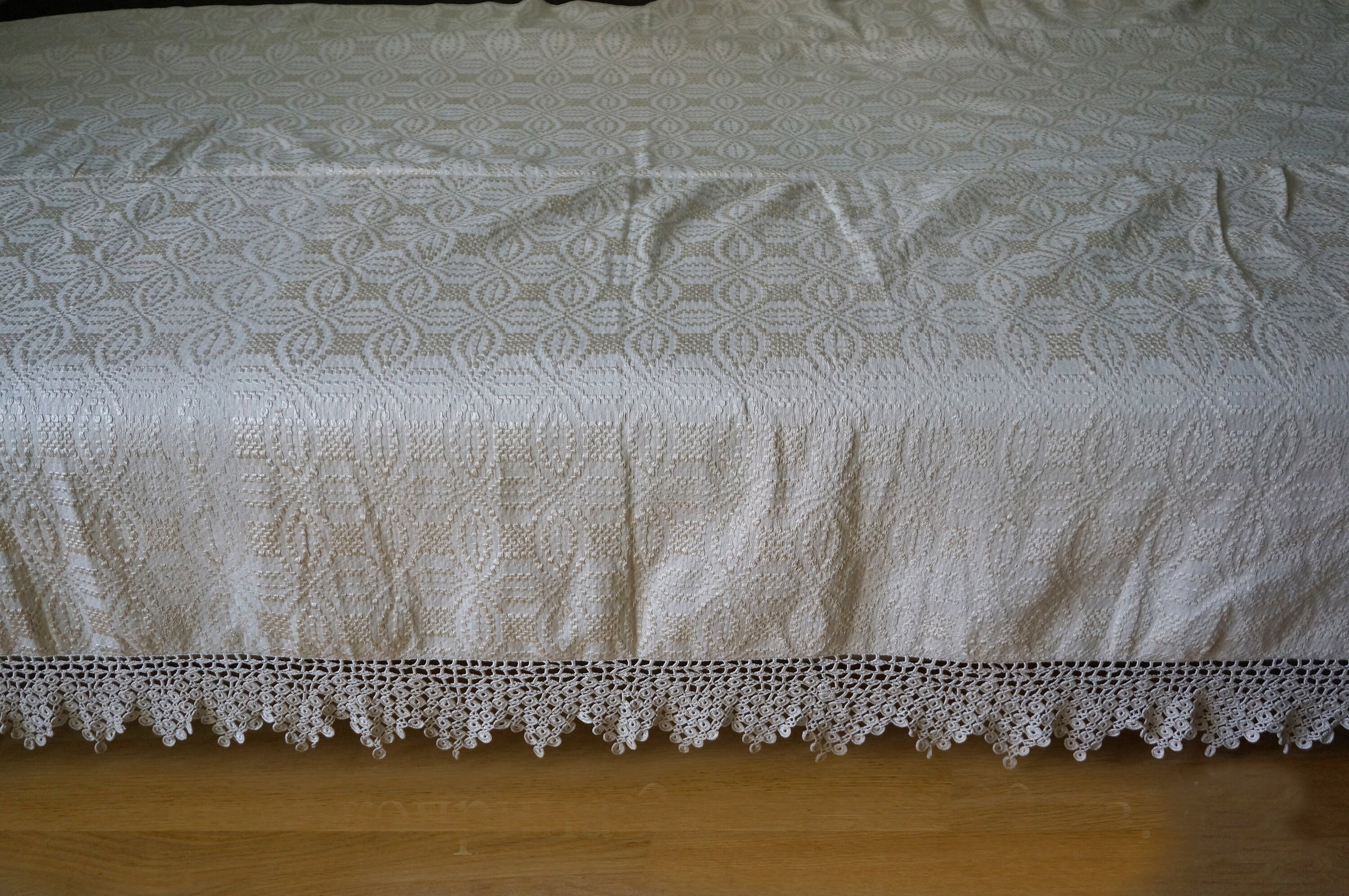 Hand Woven Cotton Bedcover With Silk Jacquard Ornaments Zoom