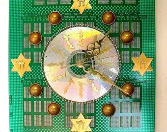 Recycled CIRCUIT BOARD Geek JUDAICA Clock